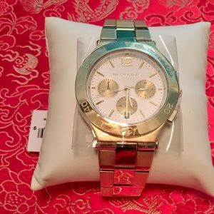 MICHAEL KORS CHRONOGRAPH WATCH MK5933 NWT